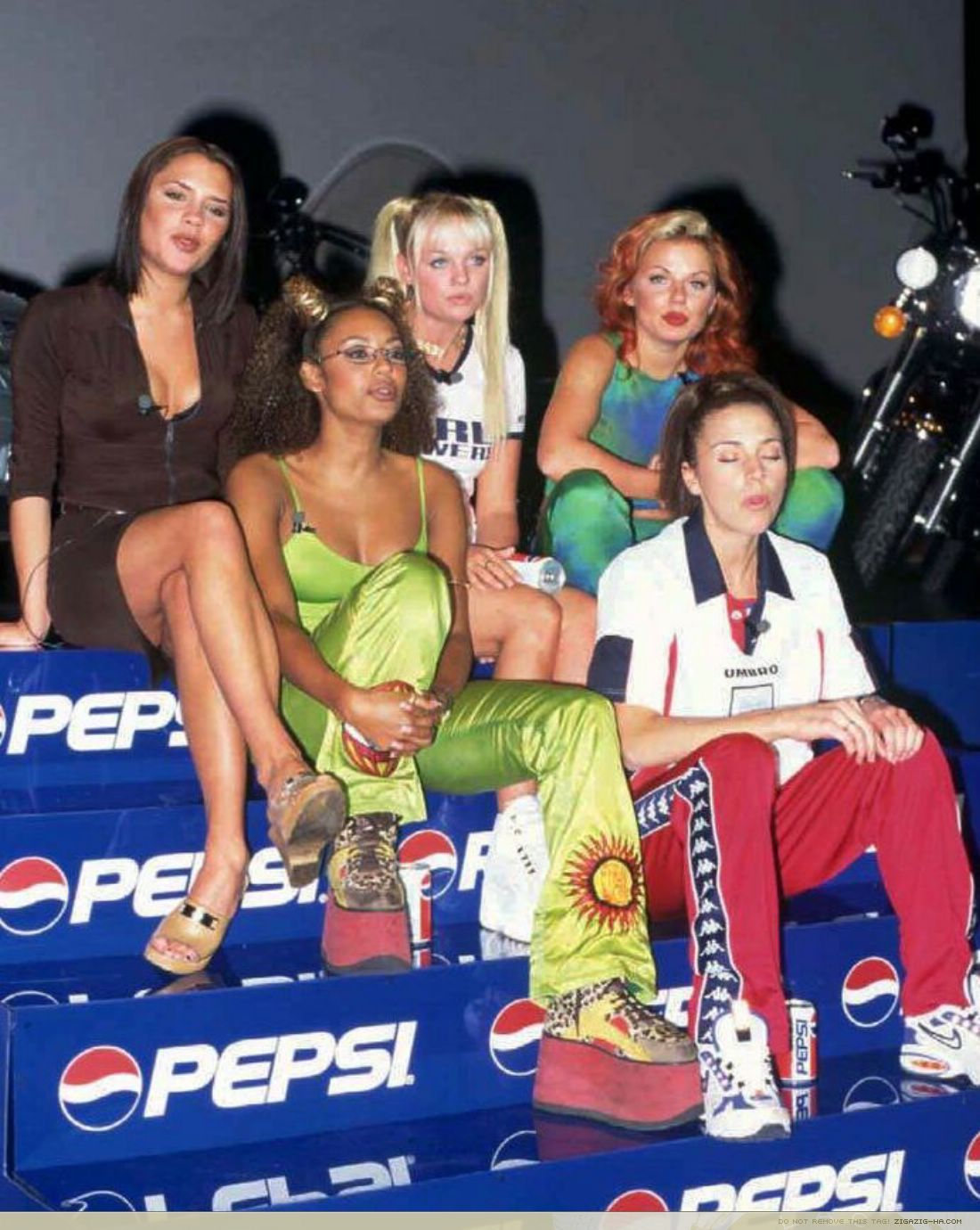 Home spice girls candids appearances hq large 1997 1997 spice girls at